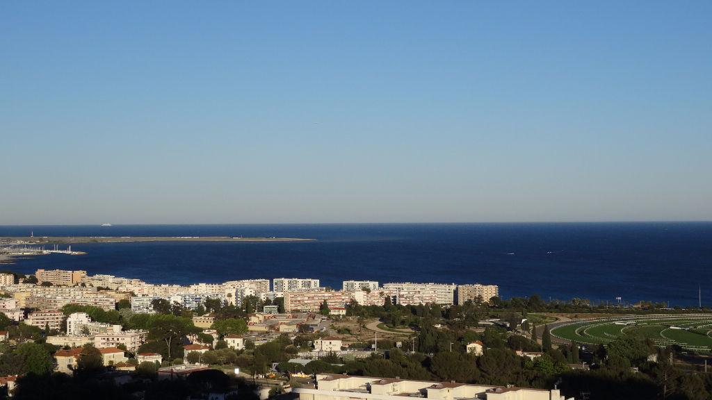 Location cagnes sur mer cros de cagnes et environs for Appartement a louer a yverdon et environs